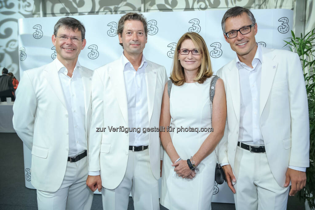 3 CEO Jan Trionow, 3 CTO Matthias Baldermann, 3 CFO Sabine Hogl, 3 CCO Rudolf Schrefl , © 3 (20.08.2013)
