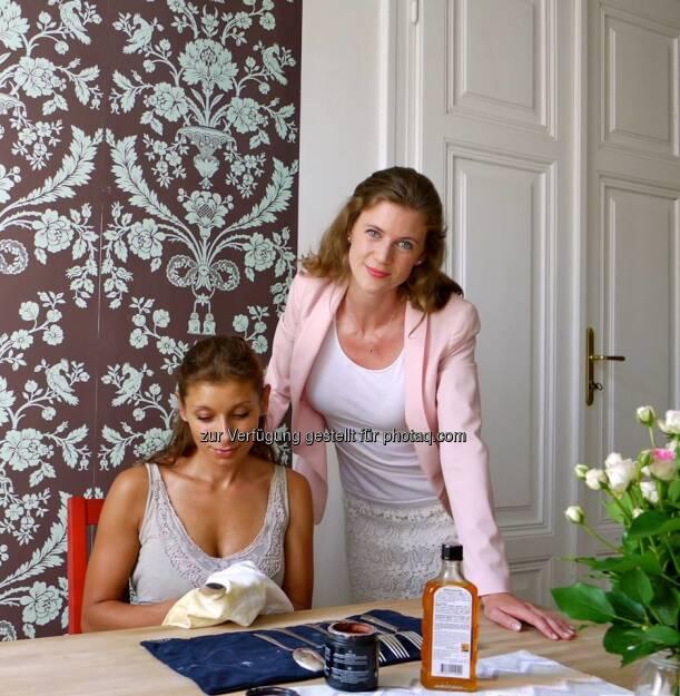 Louisa Hirsch, Tochter von Hirsch Servo-Eigentümer Kurt Hirsch, startet via Facebook mit ihrem Projekt Von Louisa https://www.facebook.com/VonLouisa (23.08.2013)