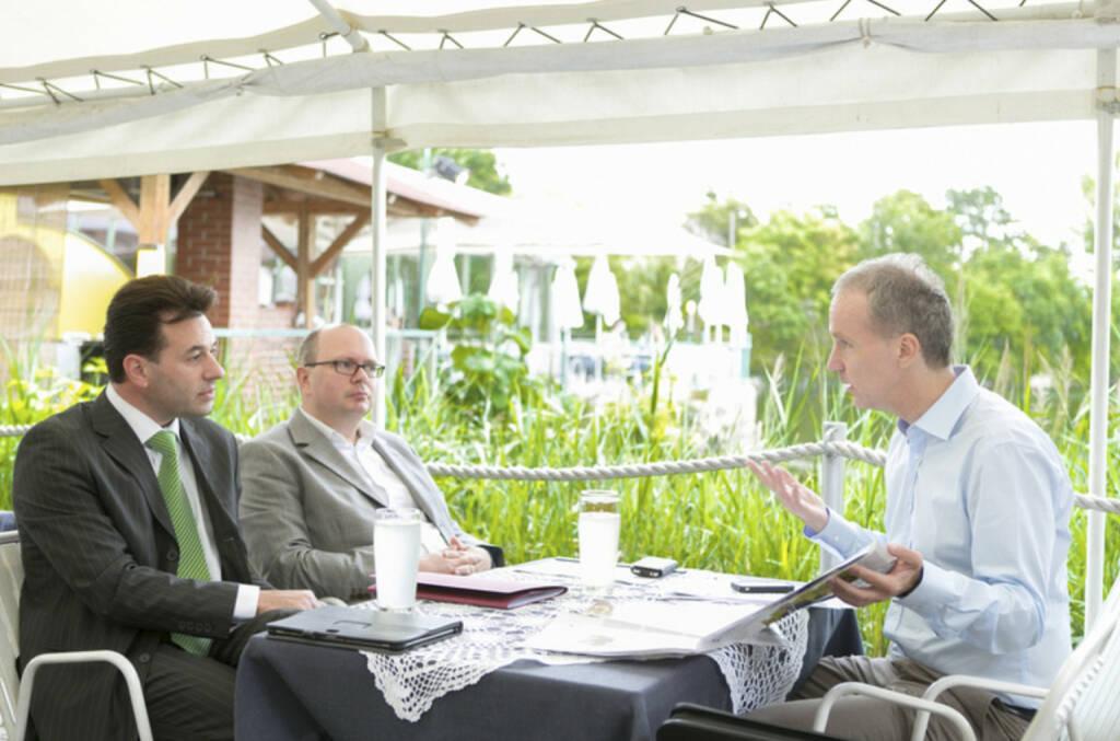 ... im Talk mit Miro Mitev und Roland Meier in der La Creperie, mehr Fotos unter http://finanzmarktfoto.at/page/index/627 (27.08.2013)