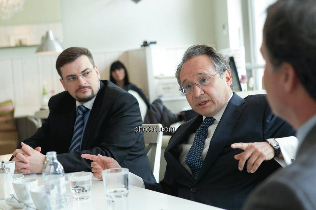 Richard H. Mayr (CEO Argentuminvest), Lenic M. Rodriguez (CEO Aurcana), © Martina Draper (15.12.2012)