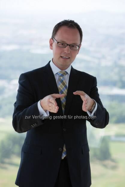 Marco Kohla, Director Transactions bei der Immofinanz Group, überdas Investoreninteresse und die eingesetzte Erholung am Transaktionsmarkt -> http://blog.immofinanz.com/de/2013/09/03/immofinanz-trade-an-uns-scheitert-die-erholung-in-cee-jedenfalls-nicht/ (03.09.2013)