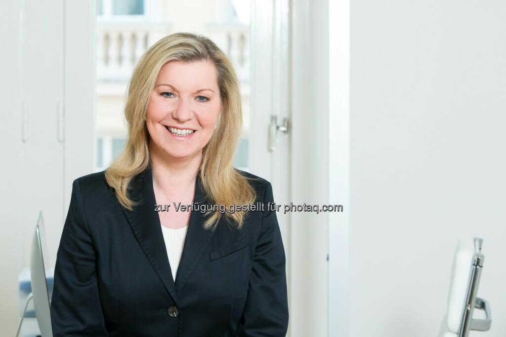 Elisabeth Wolfbauer-Schinnerl: Die PR-Expertin hat sich mit ihrem Unternehmen ewsCom auf Finanzmarktkommunikation spezialisiert (Martina Draper für ewsCom) (03.09.2013)