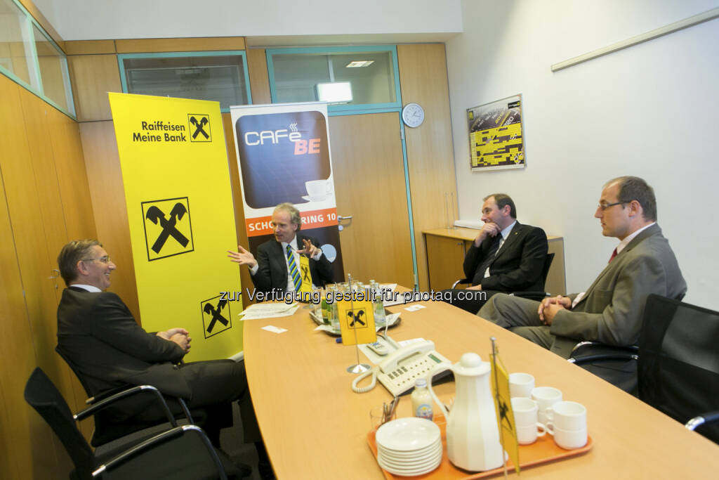 Wolfgang Plasser (CEO Pankl), Christian Drastil (Christian Drastil Comm.), Martin Schaller (Vorstand RLB Steiermark), Siegfried Mader (CEO THI), © Martina Draper für Börse Express (15.12.2012)