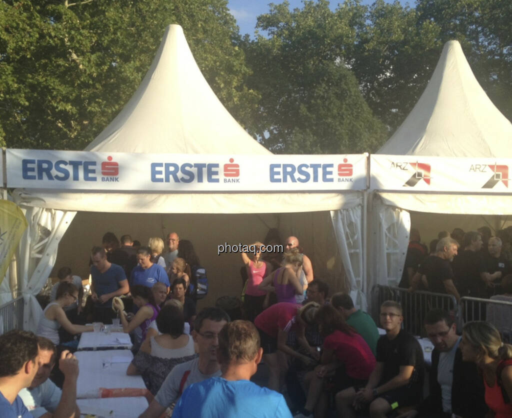 Erste Bank beim Wien Energie Business Run 2013 (05.09.2013)
