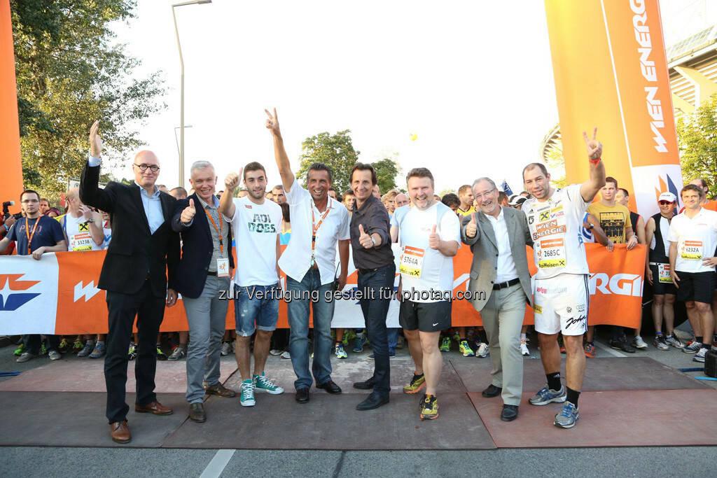 ua Marc Hall (Wiener Stadtwerke), Robert Grüneis (Wien-Energie), Gerhard Seidl (Veranstalter), Christian Oxonitsch (Sportstadtrat), Michael Ludwig (Wohnbaustadtrat), © Wien Energie (05.09.2013)