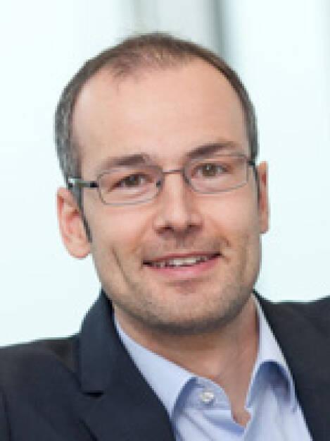 Felix Rüsch ist neuer Leiter der Investor Relations des OMV-Konzerns. Er wird direkt an David C. Davies, Vorstandsvorsitzender-Stellvertreter und Finanzvorstand von OMV, berichten. Felix Rüsch kam 2009 zum OMV Konzern und folgt auf Lăcrămioara Diaconu-Pinţea, die im Bereich Exploration und Produktion die Leitung der Business Support Funktion übernimmt (c) OMV (06.09.2013)