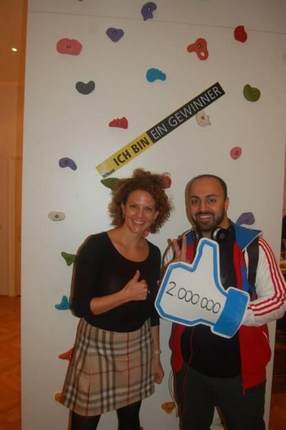 ambuzzador feiert:  Sabine Hoffmann und Ali Mahlodji  (09.09.2013)
