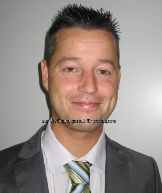Florian Staudinger: Die HDI Lebensversicherung AG holt ihn als Regionaldirektor für Salzburg, Tirol und Vorarlberg. Der 35-jährige Tiroler verfügt über langjährige Erfahrung im Versicherungs- und Finanzdienstleistungsbereich und war auch viele Jahre mit seinem eigenen Beratungsunternehmen in diesem Markt tätig. Zuletzt war der Vater von drei Söhnen Sales Manager bei Skandia Austria. (17.09.2013)