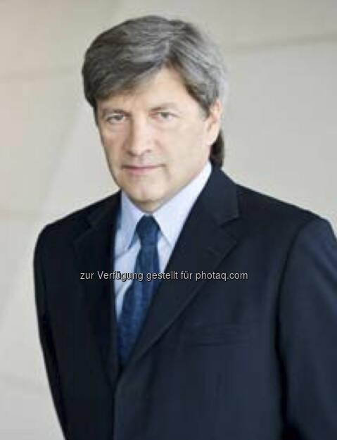 Johann Strobl, Vorstand RZB (18. September); finanzmarktfoto.at wünscht alles Gute!, © entweder mit freundlicher Genehmigung der Geburtstagskinder von Facebook oder von den jeweils offiziellen Websites  (18.09.2013)