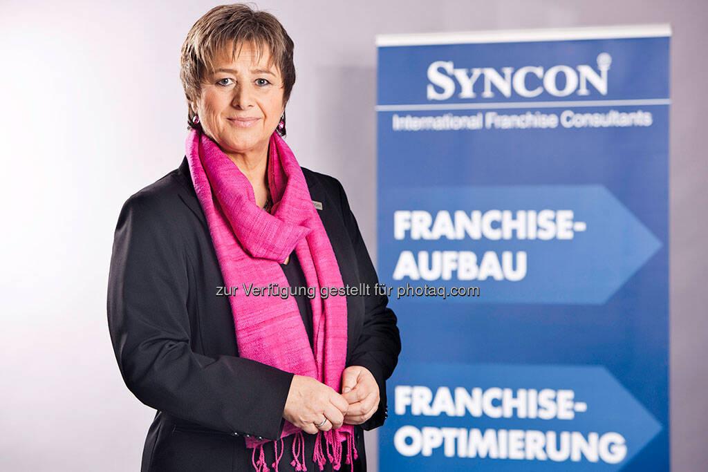 Waltraud Martius, Geschäftsführerin des internationalen Franchise-Beratungsunternehmens Syncon: Beratung und Betreuung durch den Partner-Manager heißt heute vor allem Austausch von Informationen. (Foto: Syncon)  (18.09.2013)