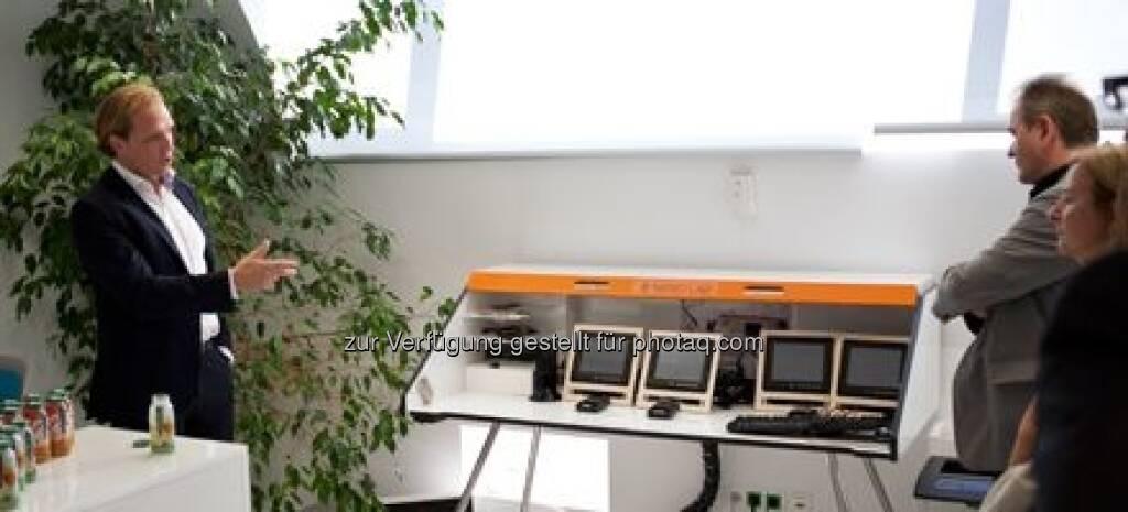 Station 5 - Alexander Strohmeyer, Neno, über die Zukunft der Arbeit auf Grund des technologischen Fortschrittes., © M.O.O.CON (20.09.2013)